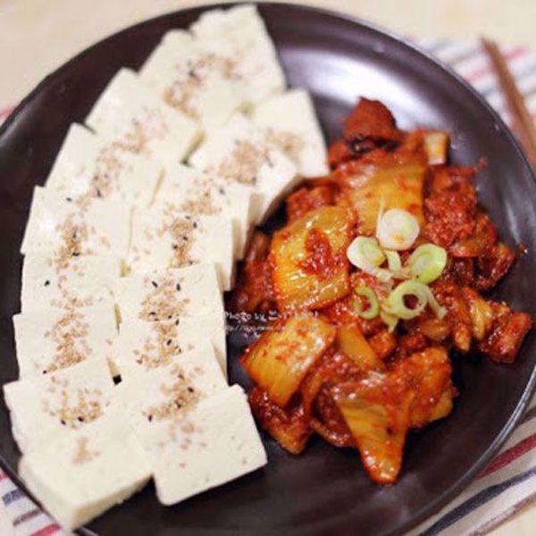 [YummyDiners] Seasoned kimchi w/ tofu 두부김치
